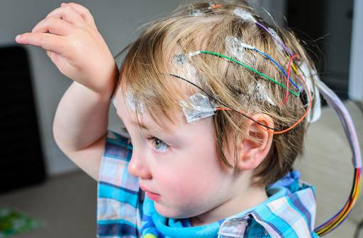enfant-eletrode